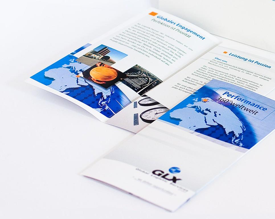 Flyerdesign und Design einer Angebotsmappe